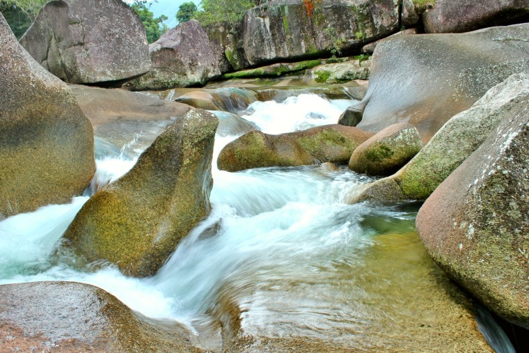 Driving Townsville to Cairns - Babinda Boulders