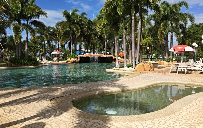 Fabulous resort style pool