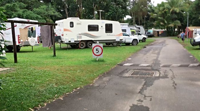 Laundry right opposite our site at the Mossman Caravan Park