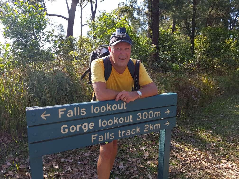 Wallaman Falls 2km Track