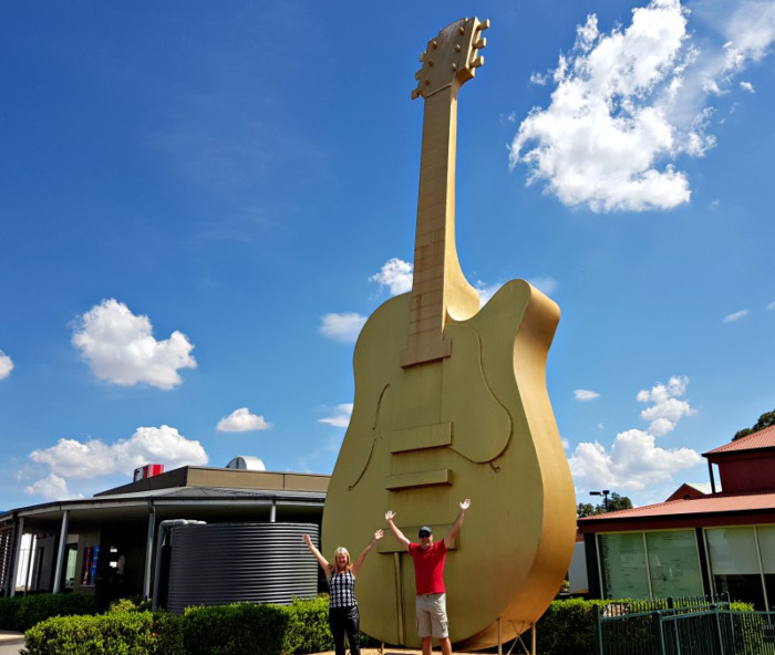 Big Things of Australia - The Big Golden Guitar Tamworth NSW