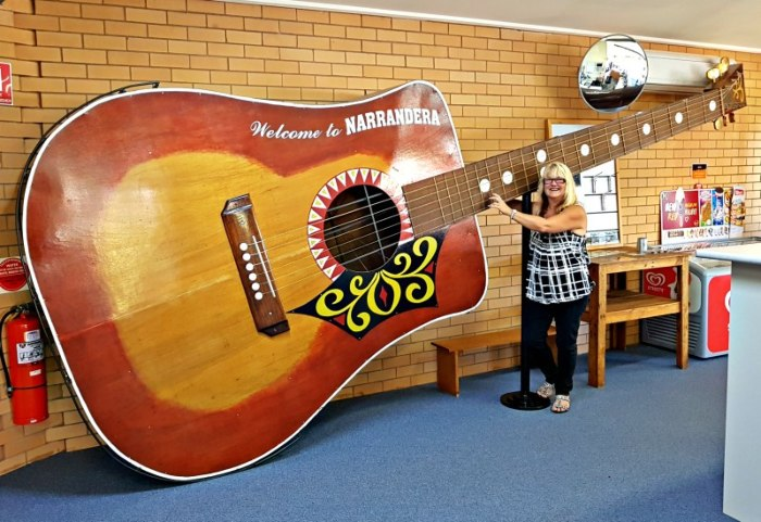 The Biggest Playable Guitar Narrandera NSW