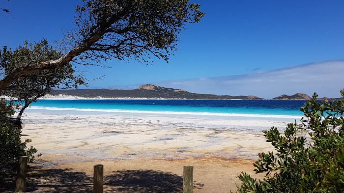 One of the entries from the Lucky Bay Campground onto the beach