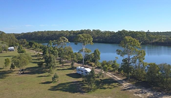 Midskinrick Lodge Campground directly alongside Baffle Creek