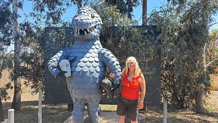 Big Things of Australia - The Big Bunyip in Mulgildie