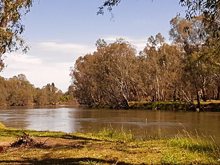 The Mighty Murray is great for free camping