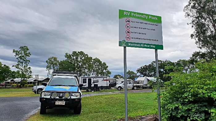 Brisbane to Darwin Free Camping - Gatton