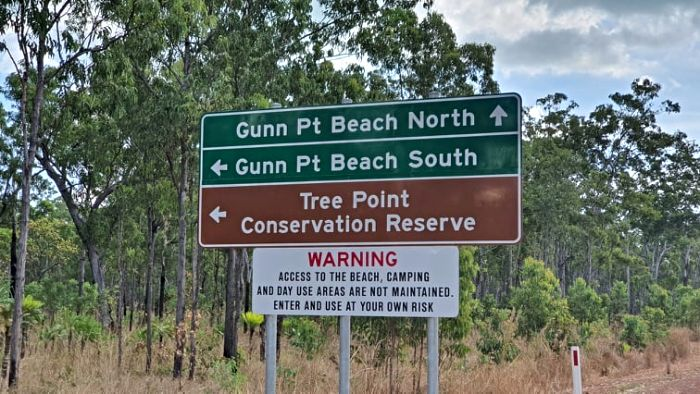 Gunn Point Signs to Darwin Camping Areas