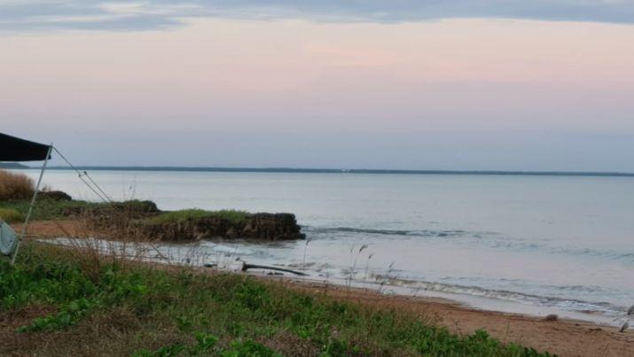 High Tides at Gunn Point - Darwin camping right by the beach