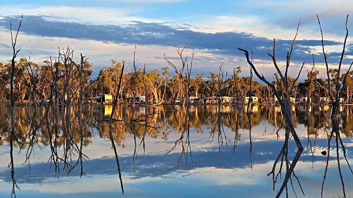 Lara Wetlands - Favourite Campground between Brisbane and Darwin
