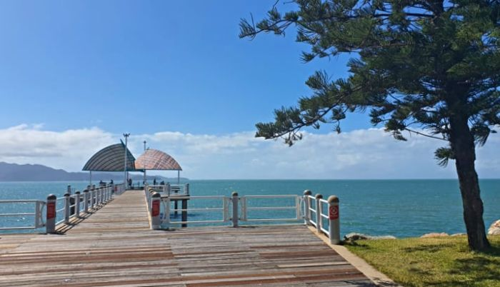 Strand Jetty - One of the things to do in Townsville