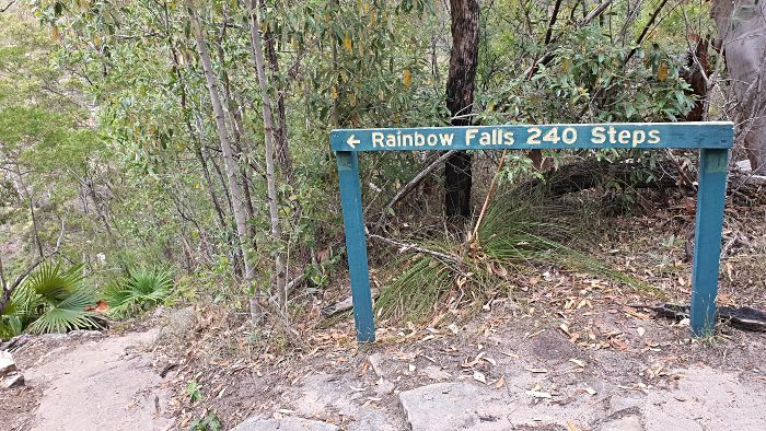 Blackdown Tablelands Rainbow Falls 240 Steps sign