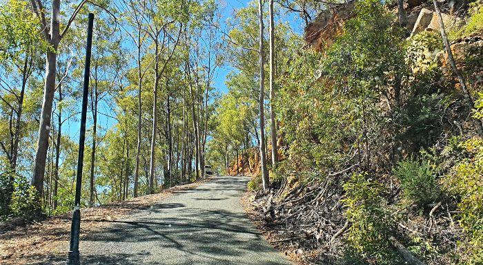 Blackdown Tablelands Steep Narrow road